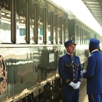A Railroad Rendezvous Avec The Venice Simplon-Orient-Express