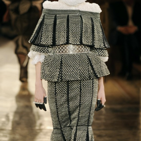 Paris Fashion Week: Alexander McQueen – Autumn|Winter 2013