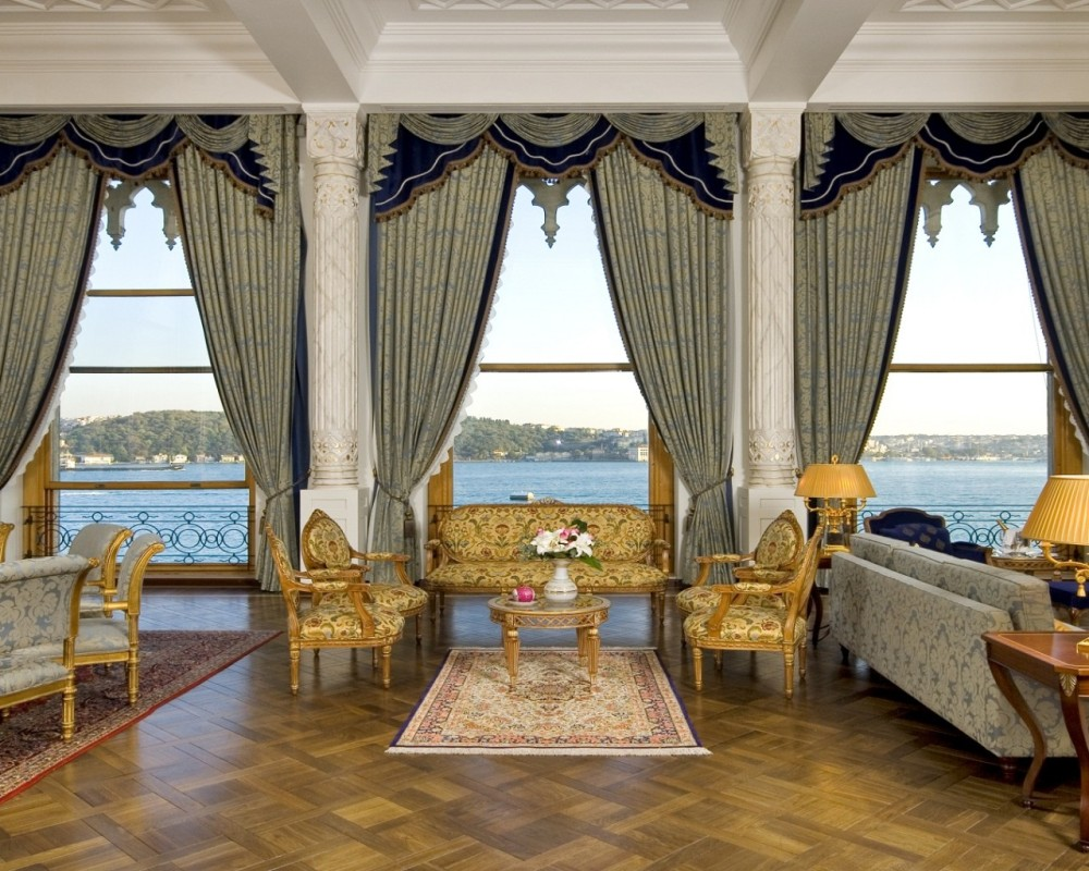 Çırağan Palace Kempinski | Sultan Suite Living Room