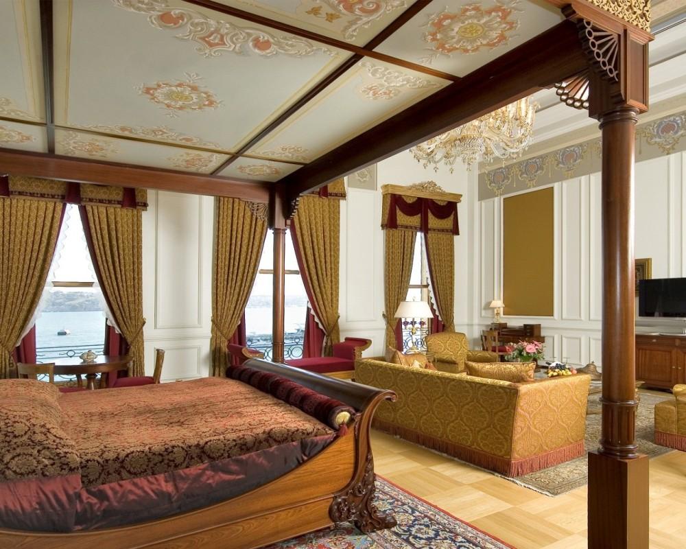 Çırağan Palace Kempinski | Sultan Suite Master Bedroom
